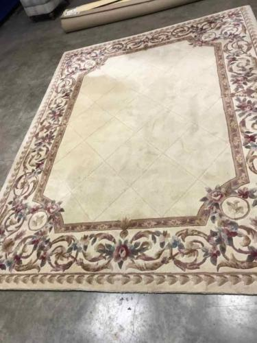 Floral Tufted Rug Before Cleaning